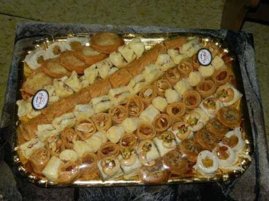 El Zahraa Bakery & Pastry : Set of tasty things