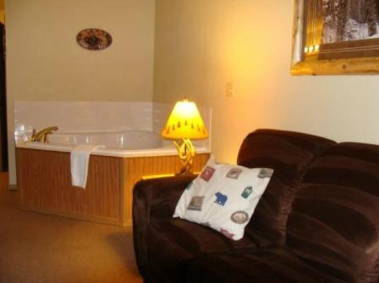 Deer Valley Lodge & Golf: King Whirlpool Balcony Suite