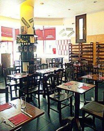 Pinocchio Italian restaurant & Wine bar: Interno
