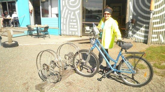 Wheelie Fantastic Cycle Hire & Tours: Cafe calling - again!!