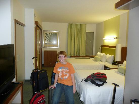 SpringHill Suites by Marriott Orlando at SeaWorld: Double queen room