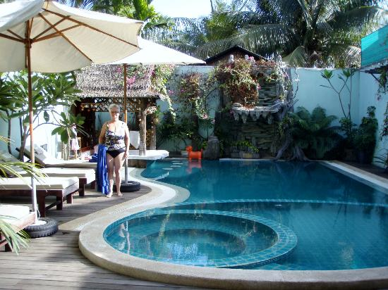 Siem Reap Riverside: swimming pool