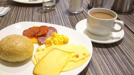 Bo18 Hotel Superior: Desayuno