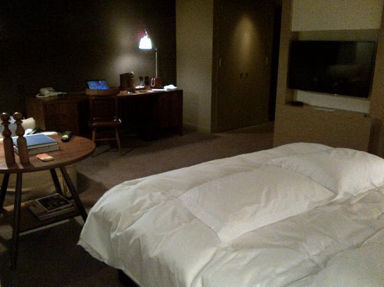Park Hyatt Washington: Plush bed