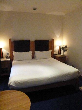 ذا كلارنس: bedroom 