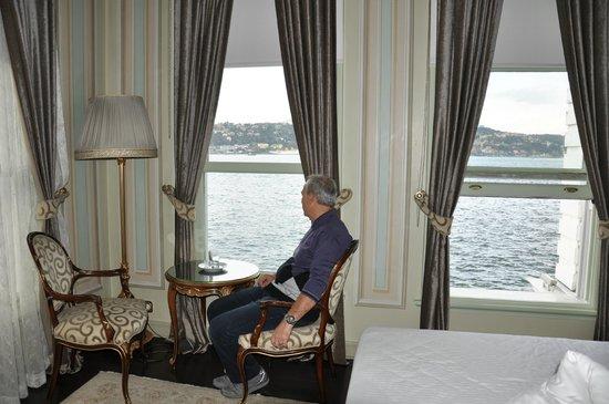 Bosphorus Palace Hotel: boğaza bakış
