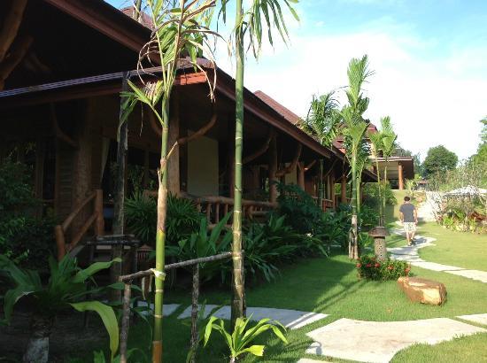 Baan Taranya Resort: villas