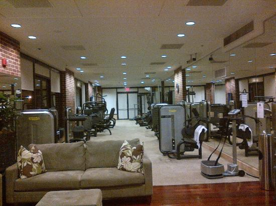 Four Seasons Hotel Washington, DC: Weight area in the Fitness center (2 floors)