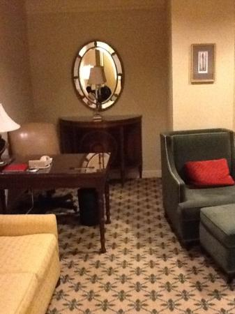 Willard InterContinental Washington: the desk, couch and chair