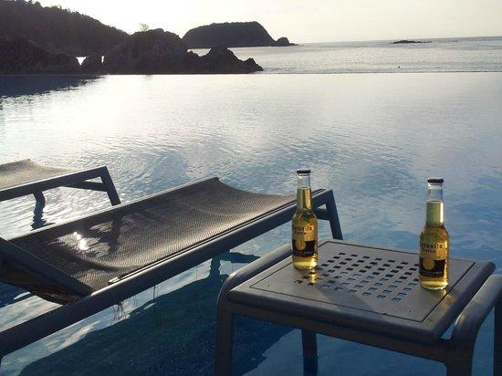 Dreams Huatulco Resort & Spa : pool view
