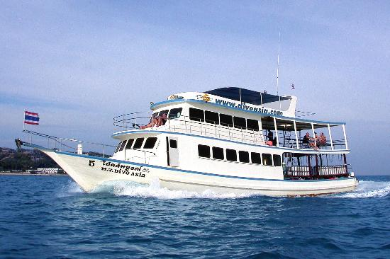 Dive Asia - SCUBA and Snorkeling Day Trips and PADI Courses