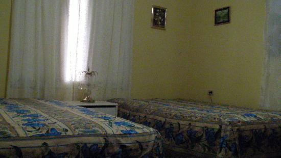 Casa Claribel y El Titi: habitacion