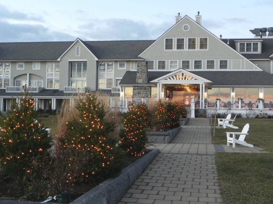 Inn by the Sea: Christmas at the Inn