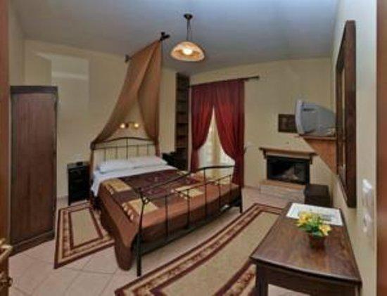 Xenonas sta Tzakia : Rooms' inside