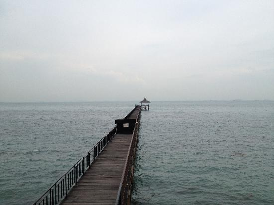 Turi Beach Resort: Jetty