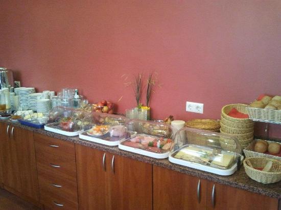 Rewari Hotel: The breakfast