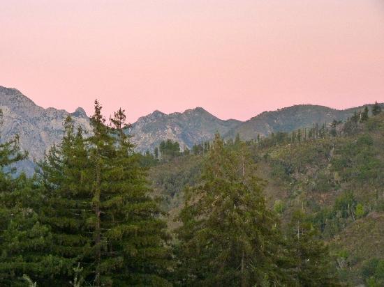 Post Ranch Inn: scenic mountains 
