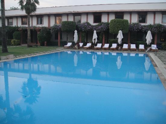 Trident, Agra: Pool