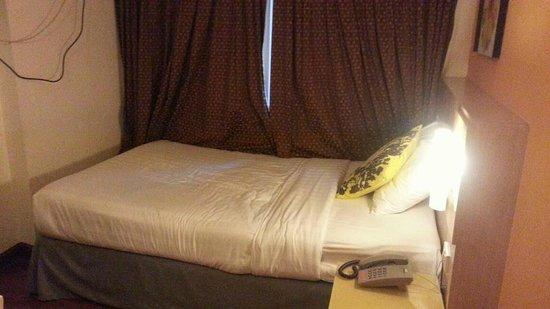 The Inn Saladaeng: มาพักเที่ยวนี้ได้ห้อง Single ครับ