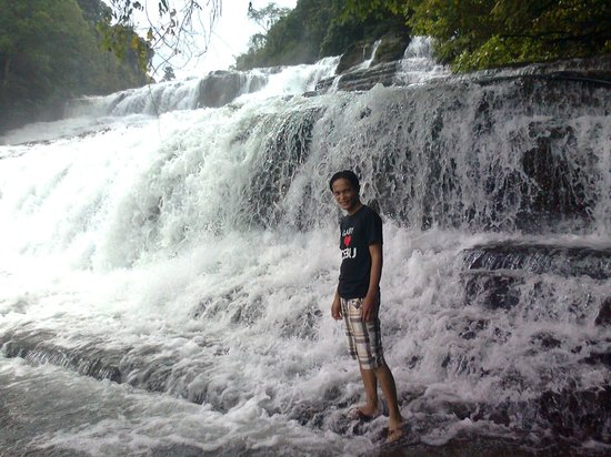 Tinuy-an Falls: @ the second floor.