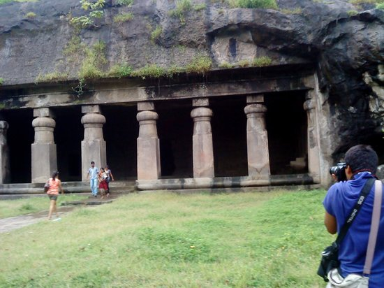 Elephanta Caves: large caves supported by rock pillars