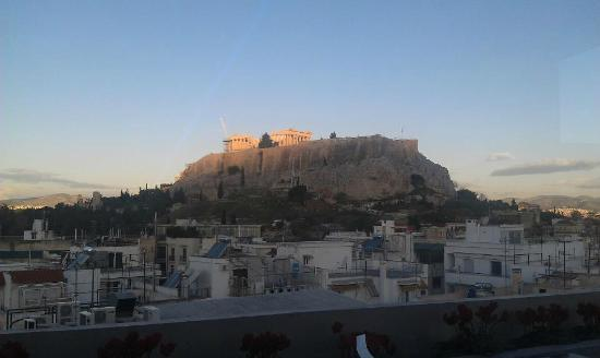 The Athens Gate Hotel: Our daily breakfast view