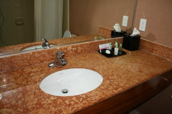 Verve Hotel, An Ascend Collection: Bathroom