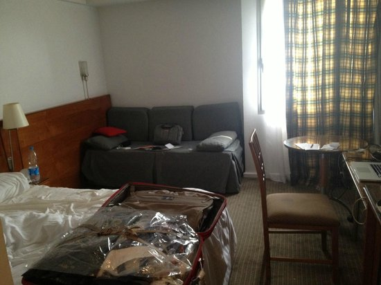 Novotel Cairo Airport: Room from inside