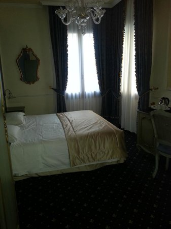 """Hotel Violino d'Oro: Camera """"Tosca"""""""