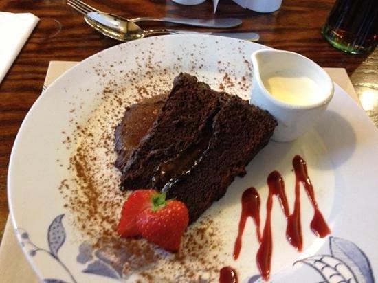 Shoulder of Mutton: The warm chocolate fudge cake mmmm
