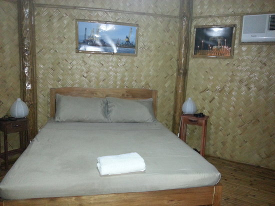Sei Nazioni Cottages: view of our room