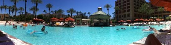رينيسانس إنديان ويلز ريزورت آند سبا: la piscine du resort