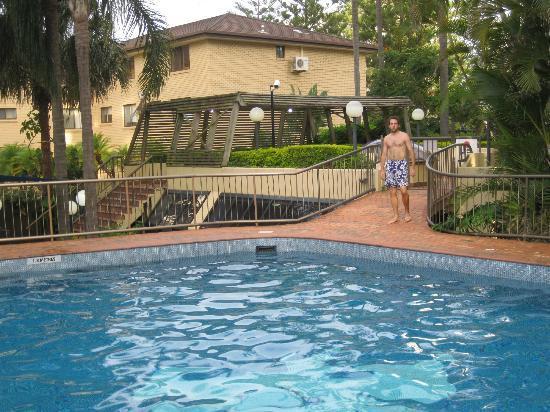 أريستوكرات أبارتمنتس: Big Pool