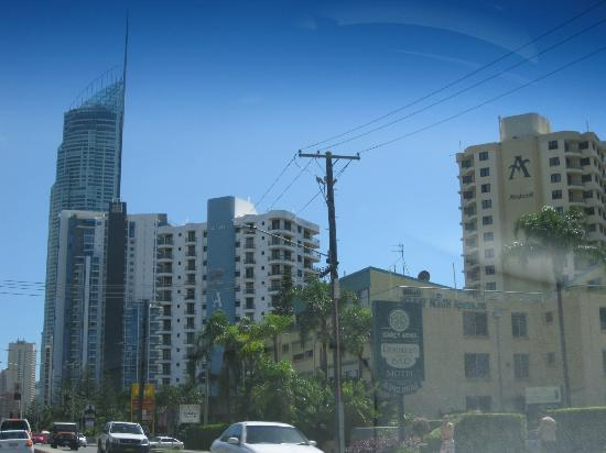 Aristocrat Apartments Gold Coast: Pretty close to the Q1 and the rest of surfers
