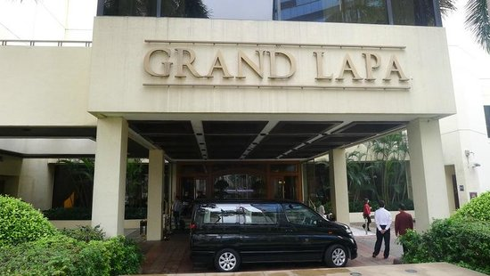 Grand Lapa Macau: Grand Lapa front entrance