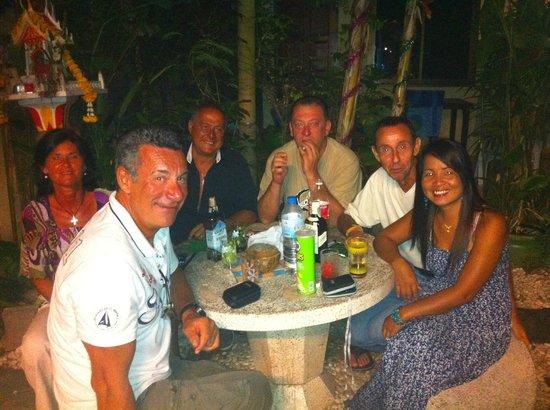 phuketgreenhome: Apéro au patio
