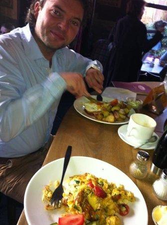 Zicke : heerlijk ontbijt..