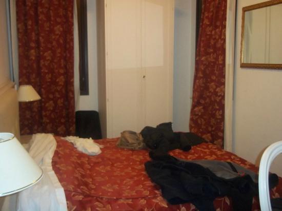Hotel ai Tolentini : Camera matrimoniale