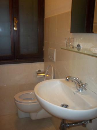 Hotel ai Tolentini: Bagno
