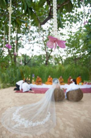 The Sarojin: our thai buddhist wedding on the beach