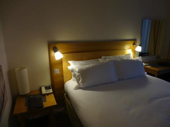 Sofitel London Gatwick: Bedroom