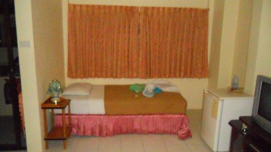 New Beach Hotel / Guest House: Мой номер