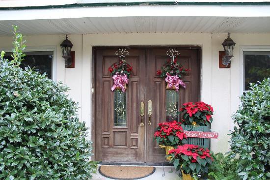 Blue Heron Inn : Front entrance