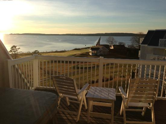 Samoset Resort On The Ocean: private balcony