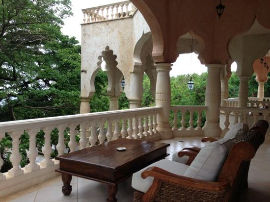 The Palace at Playa Grande : balcony