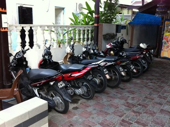 Nipah Bay Villa : Motorcycles for rent