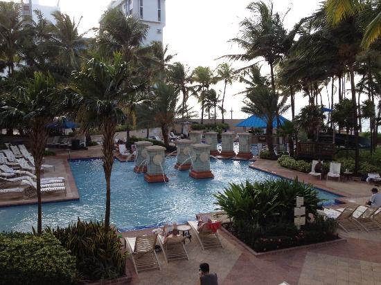 San Juan Marriott Resort & Stellaris Casino: View of garden pool area