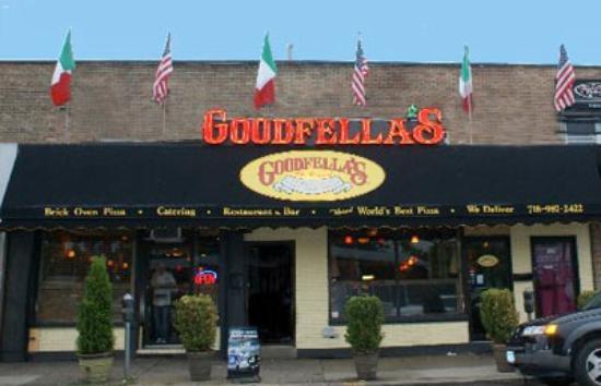 goodfellows restaurant bar edmonton downtown. Black Bedroom Furniture Sets. Home Design Ideas