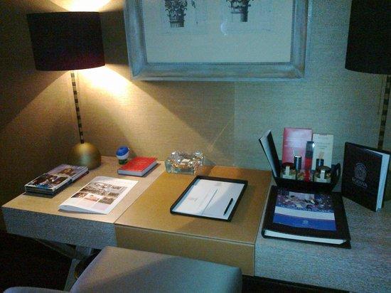 Rodina Grand Hotel and Spa: Рабочий стол