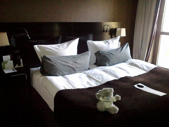 Rodina Grand Hotel and Spa Rodina: Кроватка